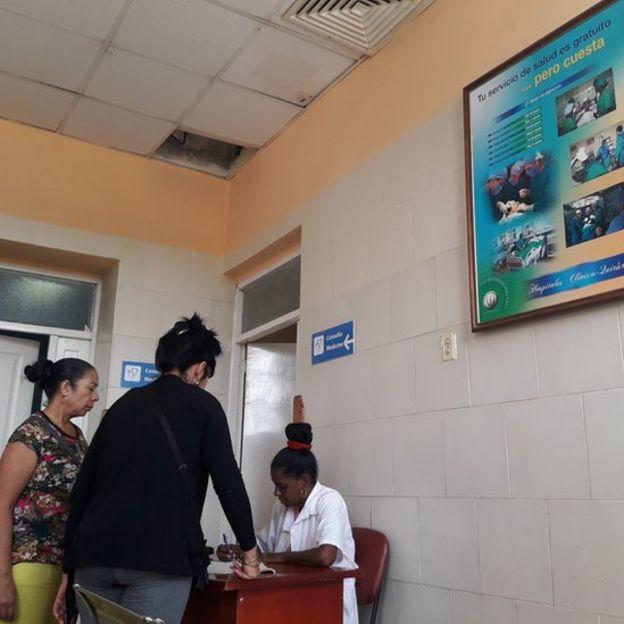 Consulta médica en Cuba
