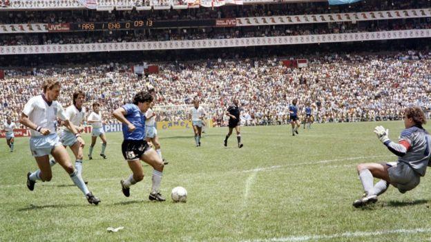 El segundo gol de Maradona contra Inglaterra, en 1986.