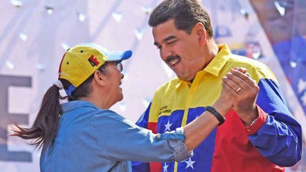 Nicolás Maduro y su esposa, Cilia Flores