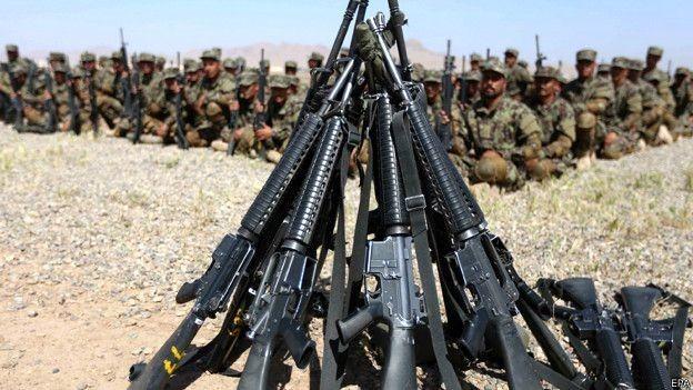 Armas e soldados