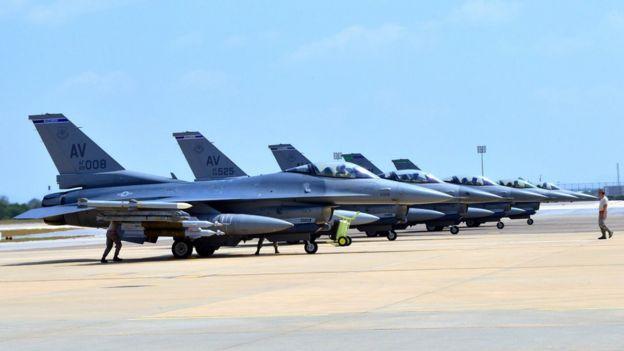 İncirlik üssündeki ABD jetleri.