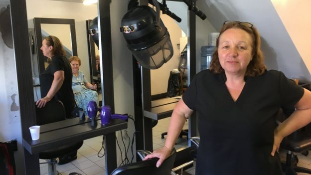 Lesley in her salon
