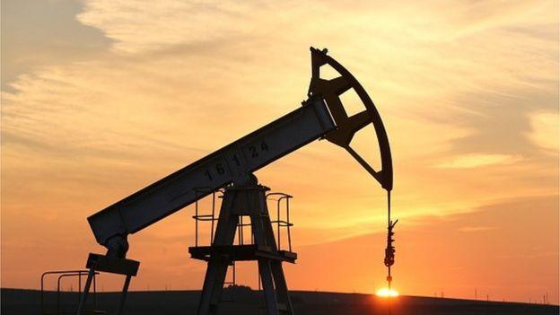 Oil rig nodding donkey