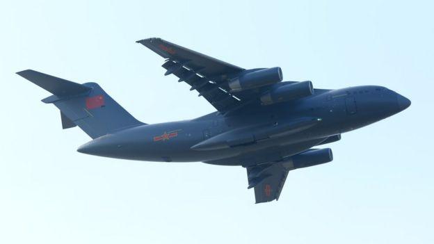 El avión de transporte estratégico Y-20 en el show aéreo de Zhuhai