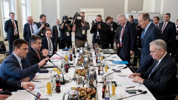 مذاکرات میان طرف های درگیر در اوکراین طی روزهای پایان هفته در مونیخ برگزار شد