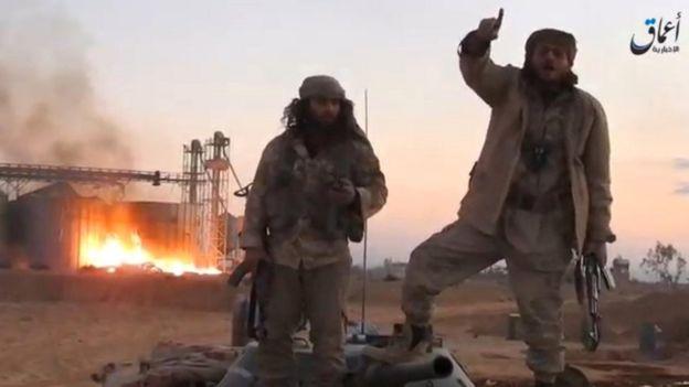 La agencia noticiosa Amaq, vinculada a Estado Islámico, publicó imágenes de la ocupación del grupo extremista de la ciudad de Palmira.