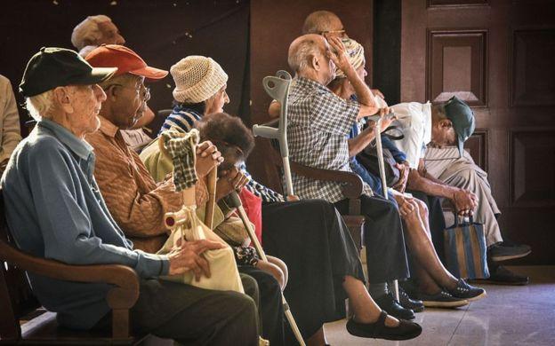 Ancianos en Cuba.