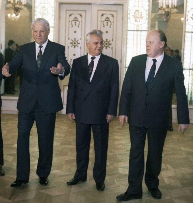 چگونه سه مرد حکم مرگ اتحاد جماهیر شوروی را امضا کردند