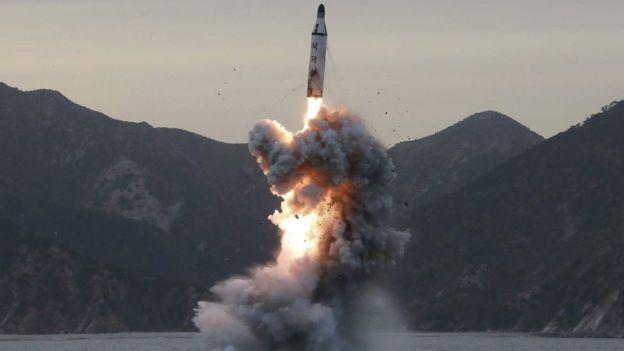 اختبار صاروخي
