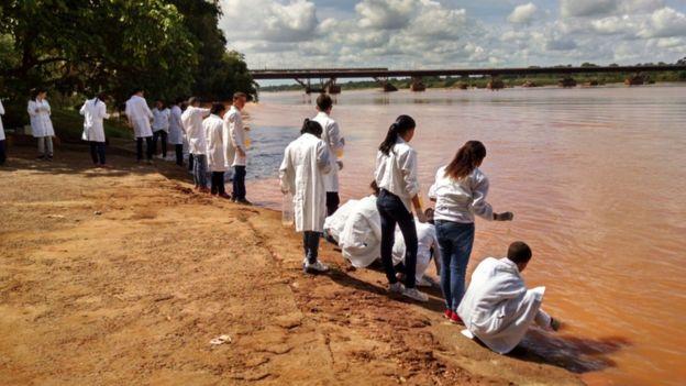 Alunos de Nogueira no Rio Doce