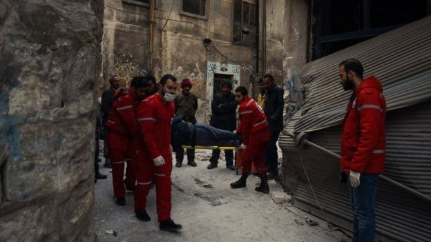 Syrian Arab Red Crescent and ICRC evacuate civilians from the Old City of Aleppo