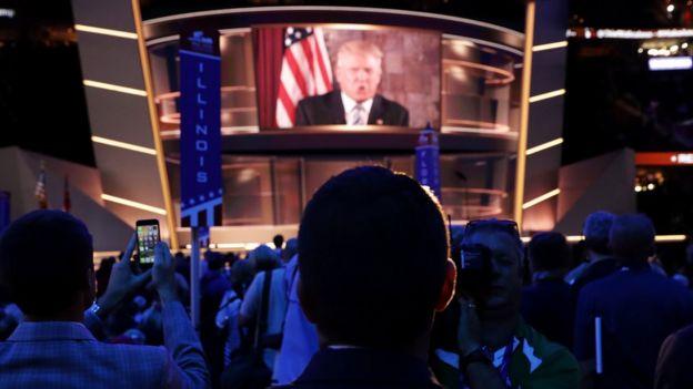 Donald Trump en pantalla