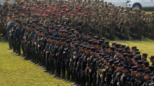 Members of a Salvadoran new special force attend the official launching of their unit at the Armed Forces