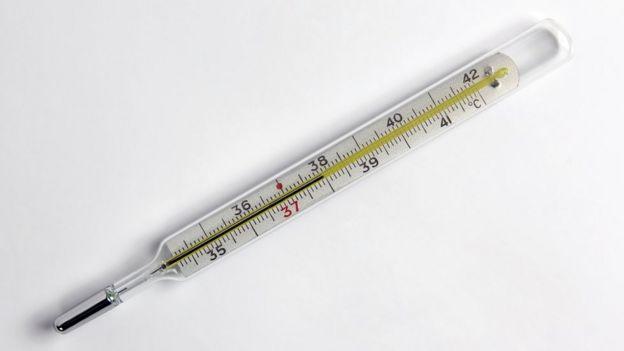 Sustituir el termómetro de mercurio por uno digital es una medida recomendada por los expertos.