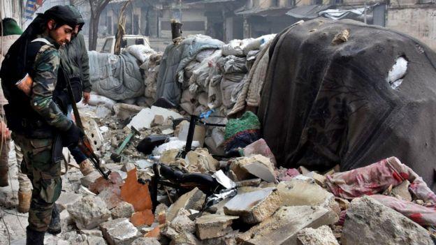 El ejército ruso señaló que gran parte de la ciudad está ahora en manos del gobierno sirio.