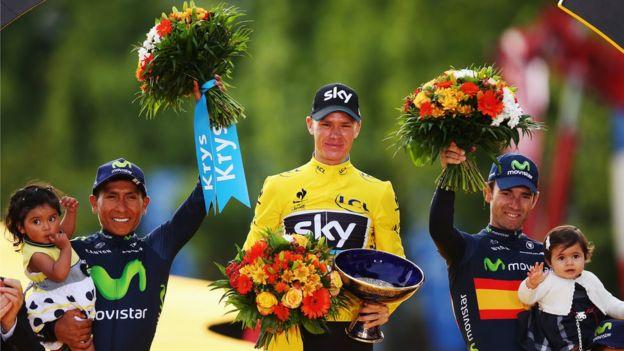 En el podio: Nairo Quintana, Christopher Froome, y Alejandro Valverde.