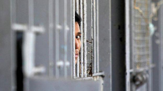 Prisionero en una cárcel de México.