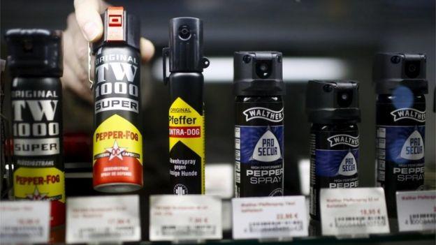 Pepper spray in shop in Berlin