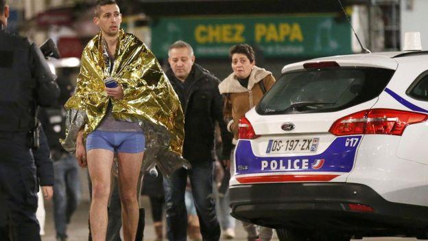 Residents evacuated in Saint Denis. 18 Nov 2015