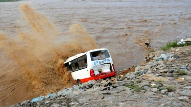 Bus in flooded area in Hebei