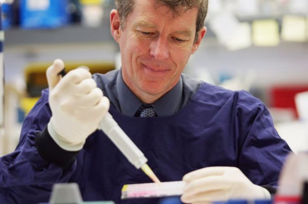 Professor Ian Frazer at work in a hospital laboratory