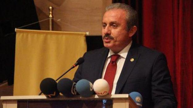 AKP İstanbul Milletvekili ve TBMM Anayasa Komisyonu Başkanı Mustafa Şentop