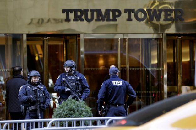 Police guard Trump Tower in New York, 11 November