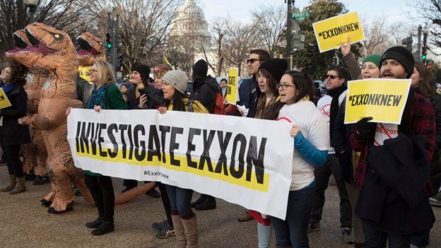Protesta contra Tillerson