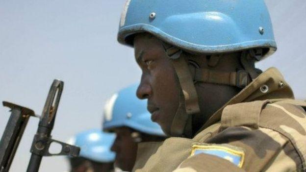 Ousmane Badjie, le chef de l'armée gambienne n'ira plus au Darfour