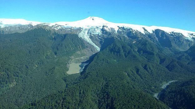 Vista aérea del terreno donado en Chile.