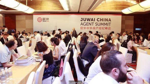 Jaringan agen Cina dan internasional di Juwai.com Agent Summit di Shanghai.