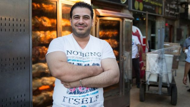 Hossam Mardini in front of Rosto
