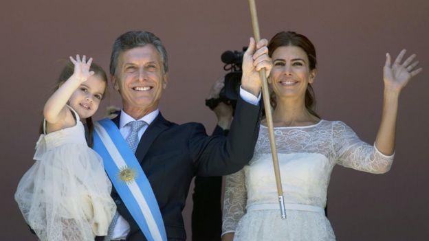 Mauricio Macri junto a su familia