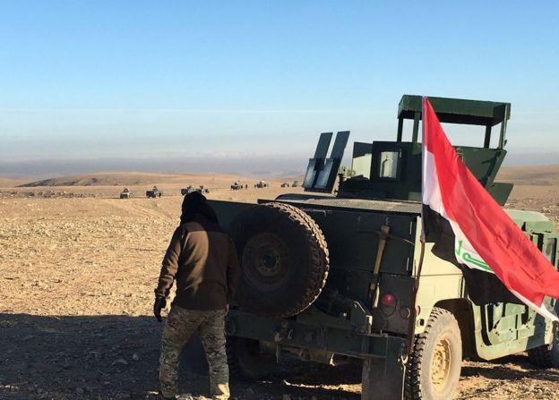 Tropas iraquíes cerca de Mosul