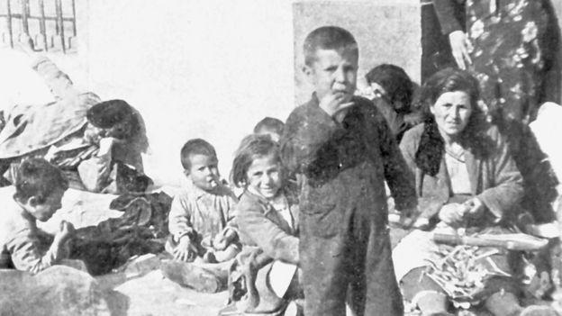 Más de 3.000 personas murieron en la Desbandá, atacadas desde el aire por la aviación italiana y desde el mar, por los acorazados franquistas.
