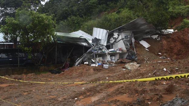 Casa destruida en Panamá