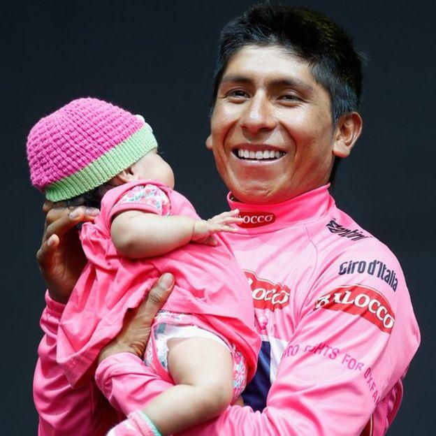 Nairo Quintana con su hija