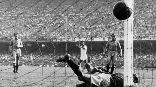 Jogo da Copa de 1950 entre Brasil e Suécia