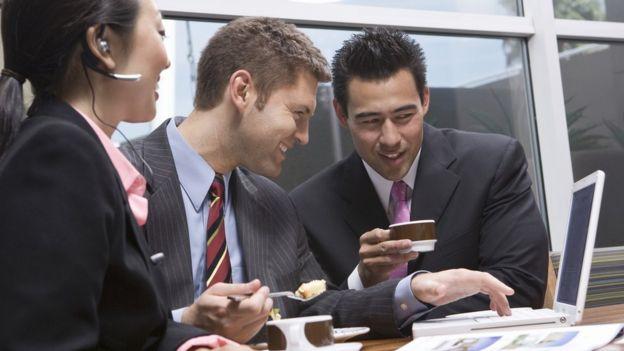 Bluetooth SIG espera la poder simplificar la comercialización de su dispositivo y facilitar la comunicación de sus beneficios a sus usuarios.