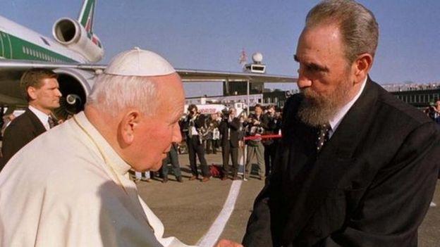 Папа Иоанн Павел Второй и Кастро