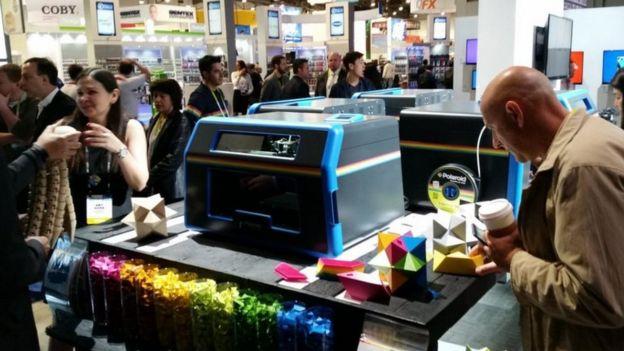 CES 2016: Desktop 3D printer uses paper, glue and razors ilicomm Technology Solutions