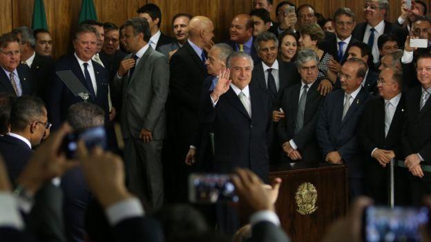 Escândalos de corrupção envolvendo ministros de Temer colaboraram para aumento da reprovação