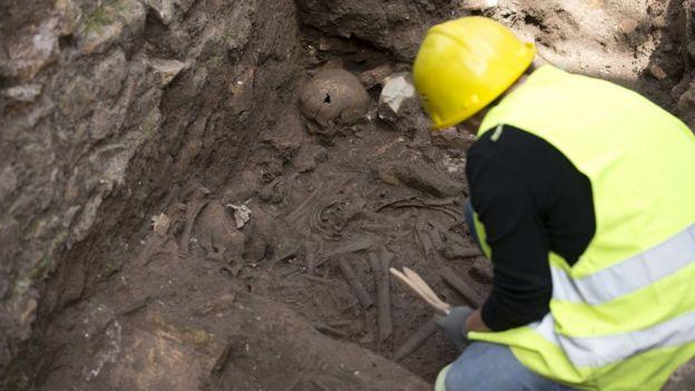 View of human bones at Amba Aradam site, 16 May 16