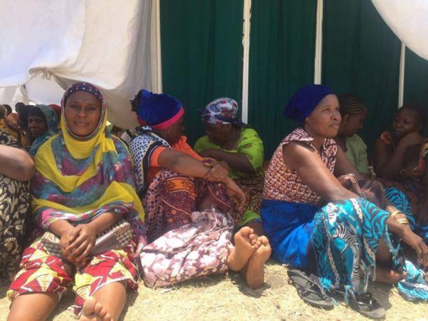 Wengi waliwasili alfajiri wakisubiri kufanyiwa uchunguzi