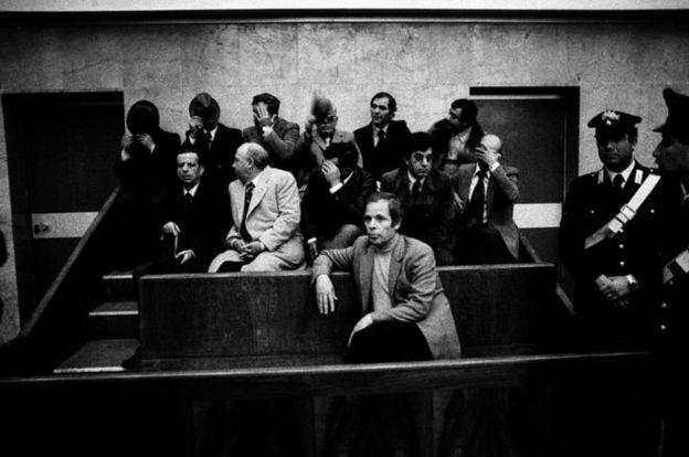 این عکس در جریان دادگاهی در سال ۱۹۷۸ گرفته شده که به