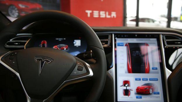 Manubrio Tesla