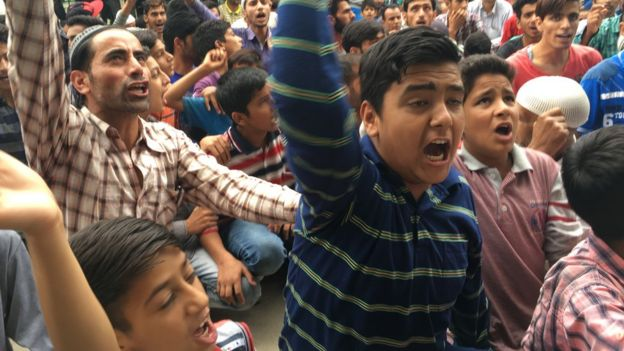 Protest of young Indian Kashmiris
