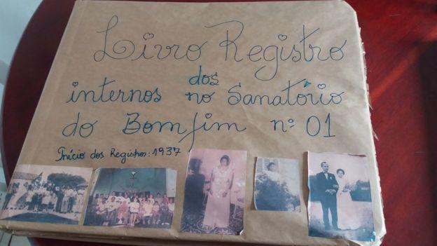 Livro de registro de internos de antigo 'leprosário'