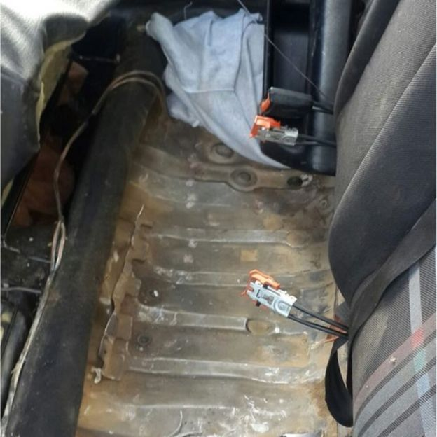 Car's false back seat (pic: Spanish Civil Guard)