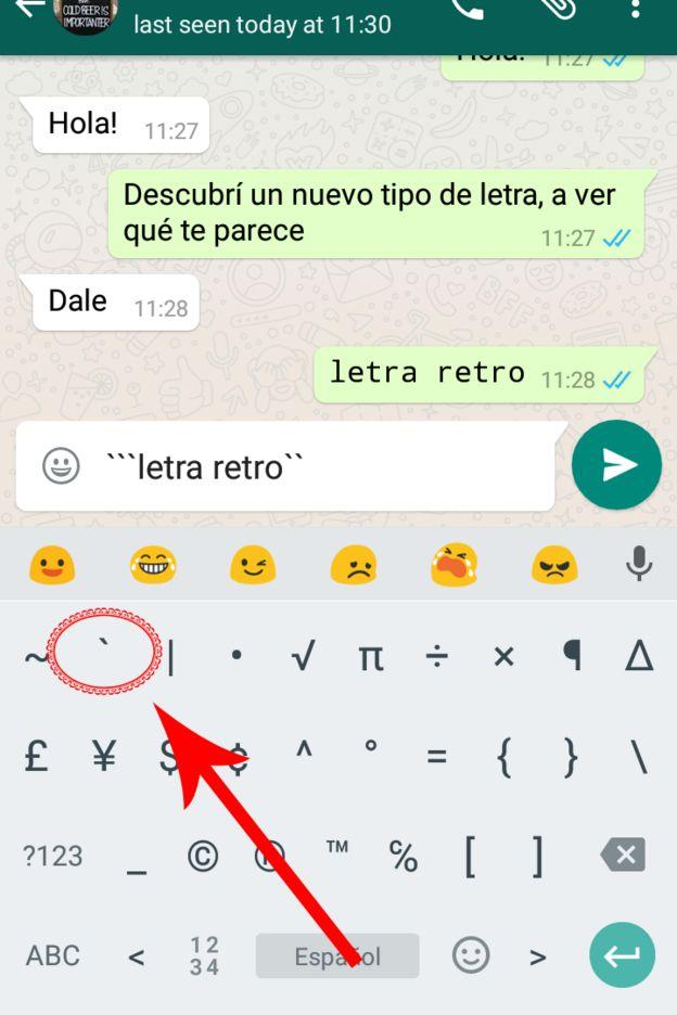 Captura de pantalla de una conversación en WhatsApp usando el nuevo tipo de letra